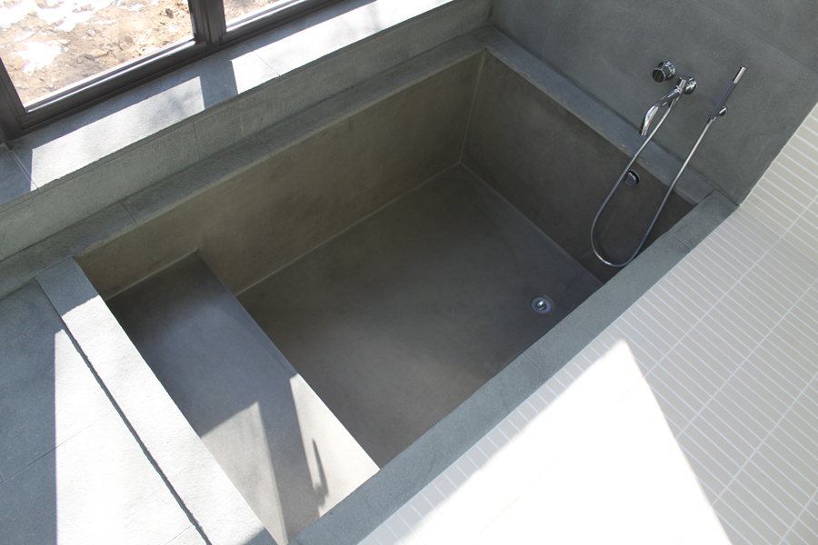 Precast Concrete Tubs : The real deal cue applause