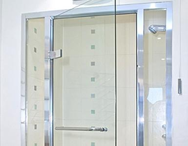 Cleaning Shower Doors GSR Cleaning Services Melbourne