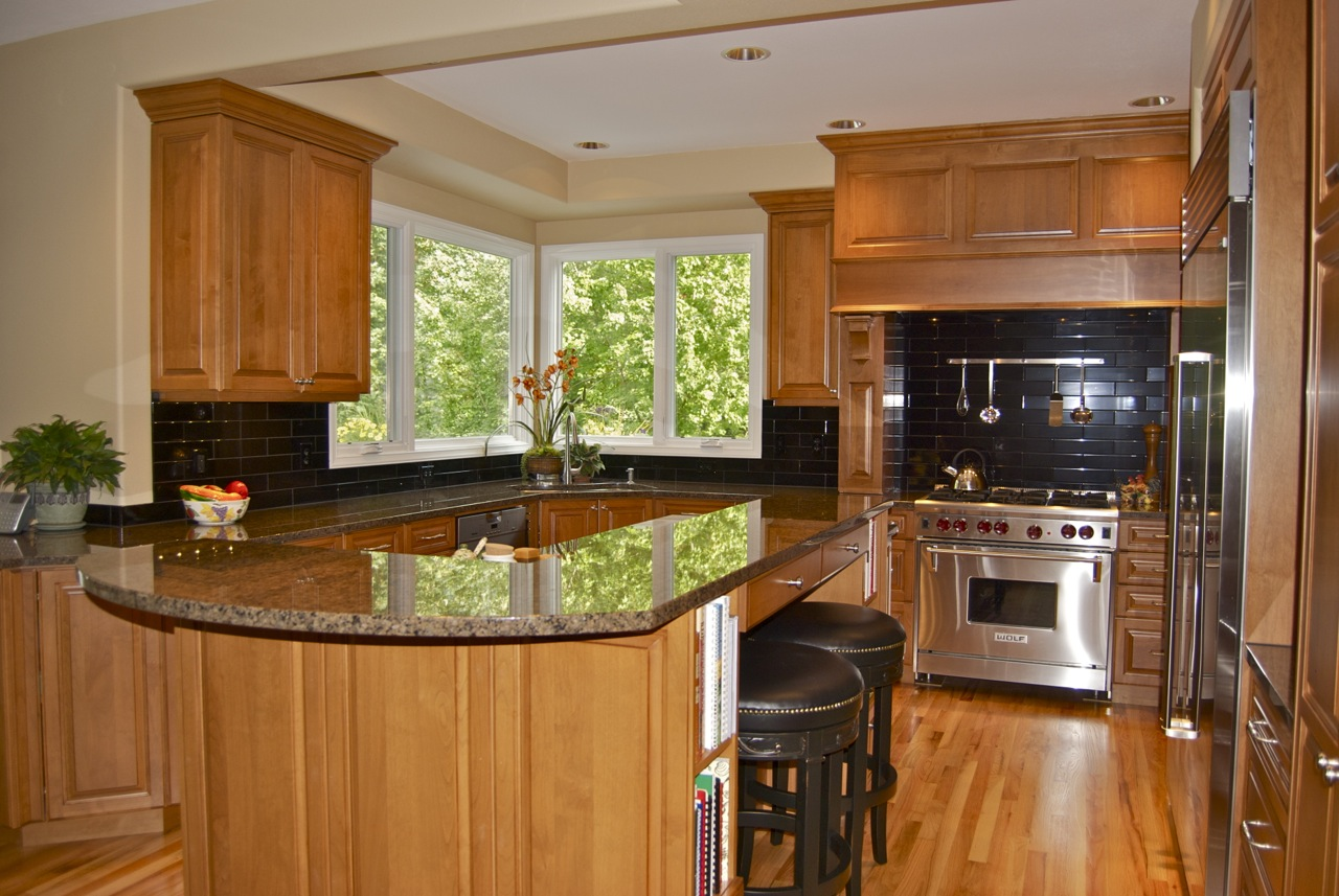 My two cents for Kitchen designs with corner windows