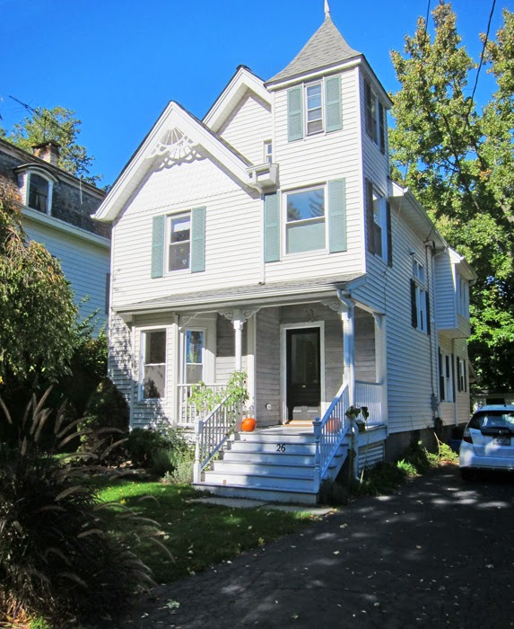front of house in nyack for sale