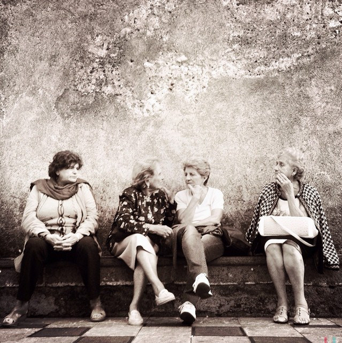 Ladies' Talk © Basak Aytek