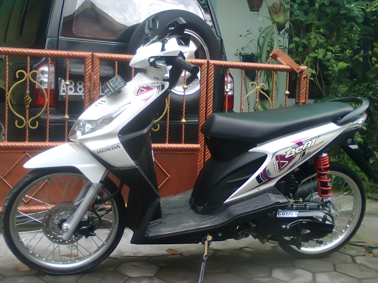 Modifikasi Honda BeAt ala MOTHAI