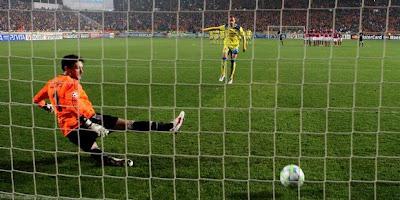 Hasil Liga Champion APOEL vs Lyon