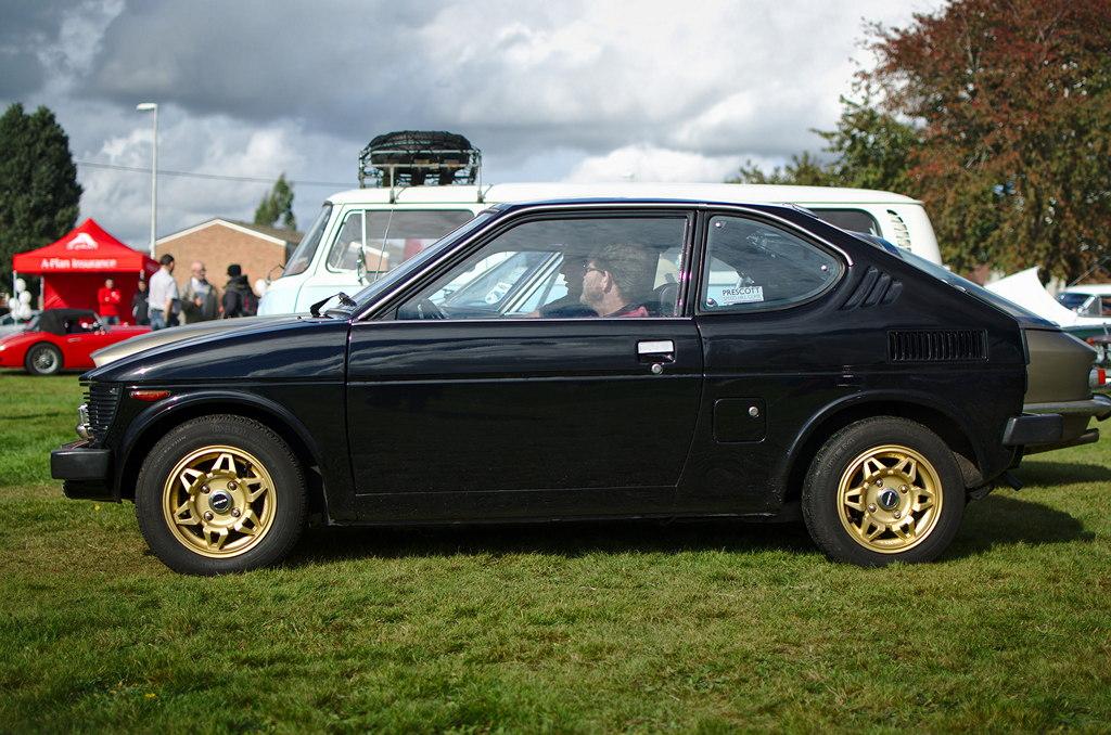 Suzuki SC100, Whizzkid, klasyczne auta z duszą, samochody, pasja, stara motoryzacja, bilder, fotografie, fotky