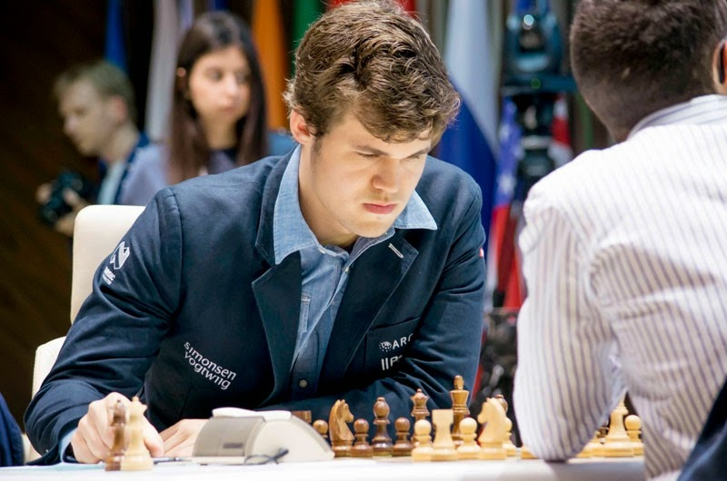 Magnus Carlsen au 2e Mémorial d'échecs Vugar Gashimov - Photo © Shamkir Chess Tournament 2015