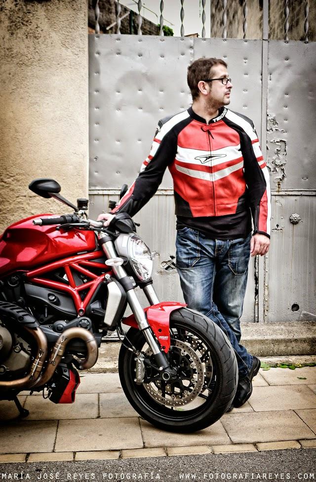 Ducatti Monster 1200