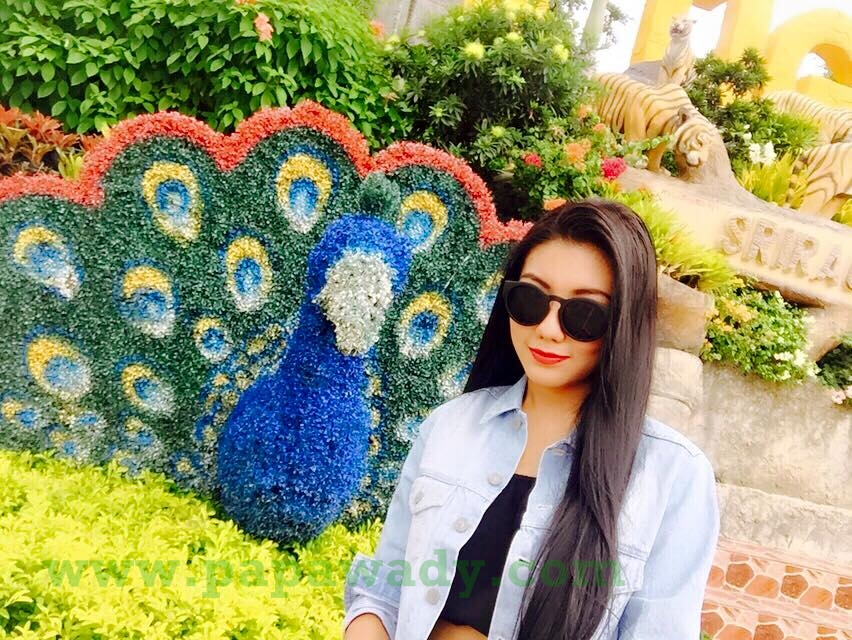 14 Pictures of Myanmar Celebrity May Myint Mo in Thailand Trip Album 1