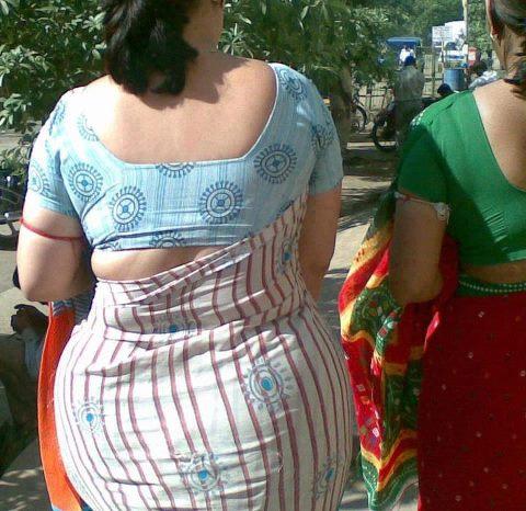 indian porn stories maa ki chudai train me