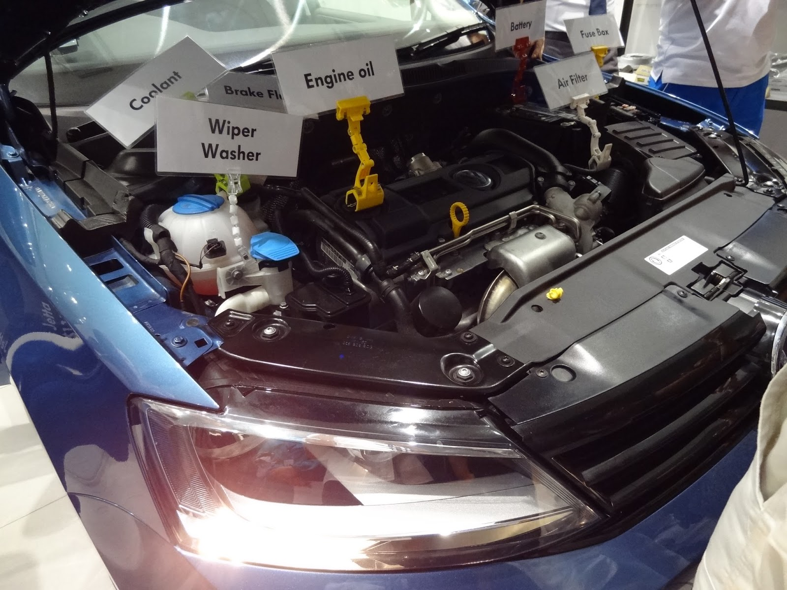 Shaun Owyeong Volkswagen Technology Showcase Workshop 18 Sep 2015 Vw Pat Fuse Box Location Over Here It Is The Understand Your Station Allows Drivers To Get Familiar With Car Engine And What Underneath