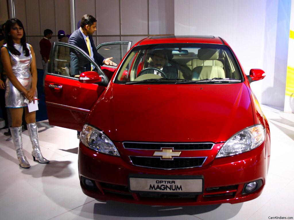 Chevrolet Optra Magnum 2.0 LT Photos Cars Prices, Wallpaper, Specs Review
