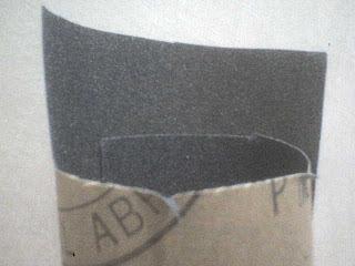 Ampelas kasar untuk mengamplas kampas rem kendaraan