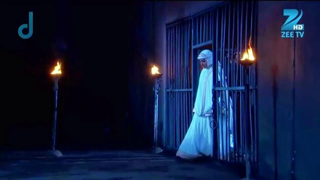 maham anga dipenjara