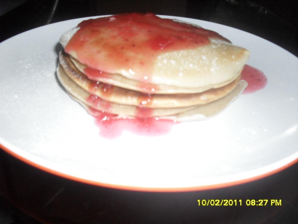 pancake keju saus strowberi