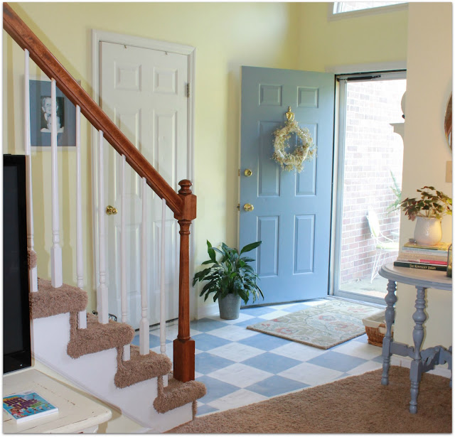 foyer Mom keeping it 4 real in Kentucky home tour {Charming, recently renovated diy kitchen makeover}