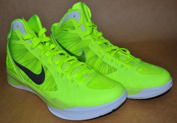 Nike Amarillo Fosforito
