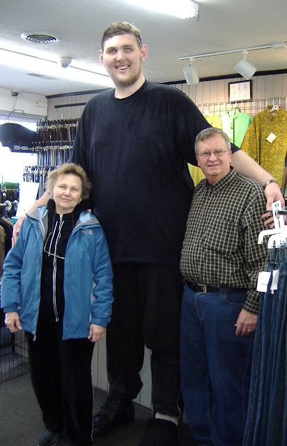 Igor-Vovkovinskiy Pria tertinggi yang hidup di amerika