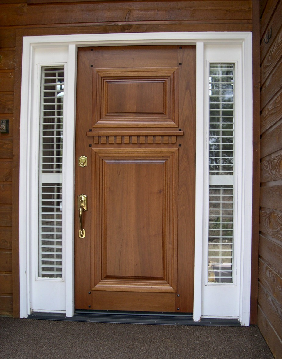 5 inspiring front door designs for Wooden single door design for home