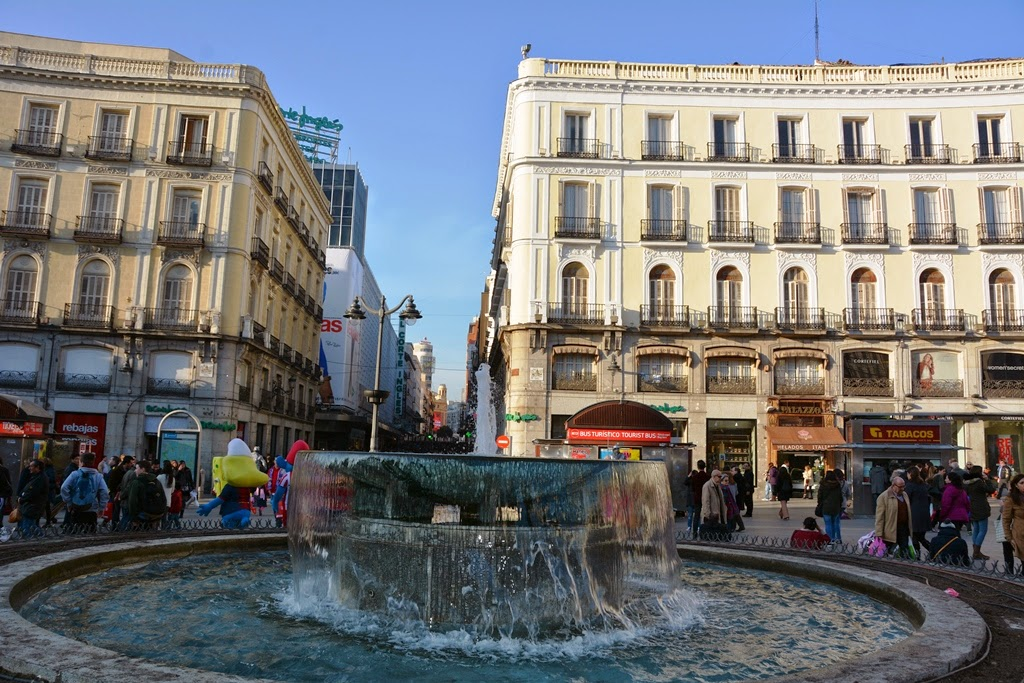 Puerta del Sol Madrid fountain