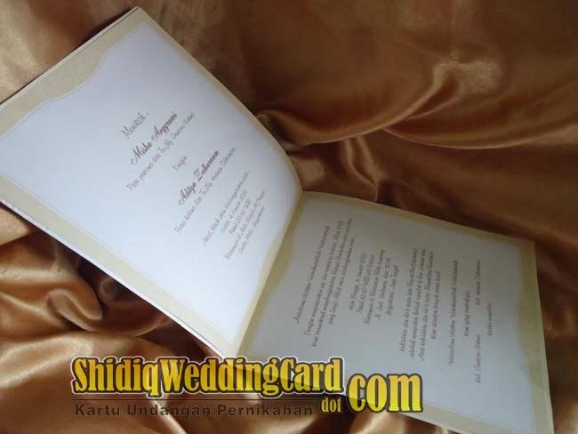 http://www.shidiqweddingcard.com/2014/02/88151.html