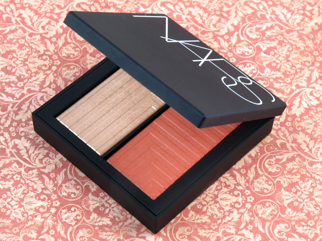 nars duo intensity blush in frenzy review and swatches the happy sloths beauty makeup. Black Bedroom Furniture Sets. Home Design Ideas