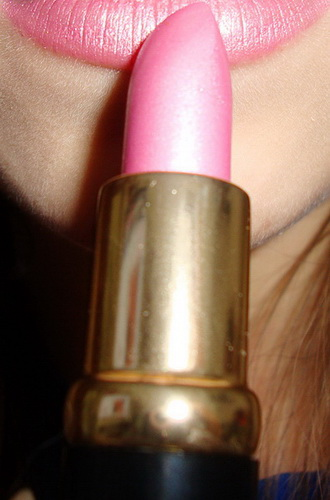 Gloire d'Amour, Lipstick, Reviews, Vivienne Sabo
