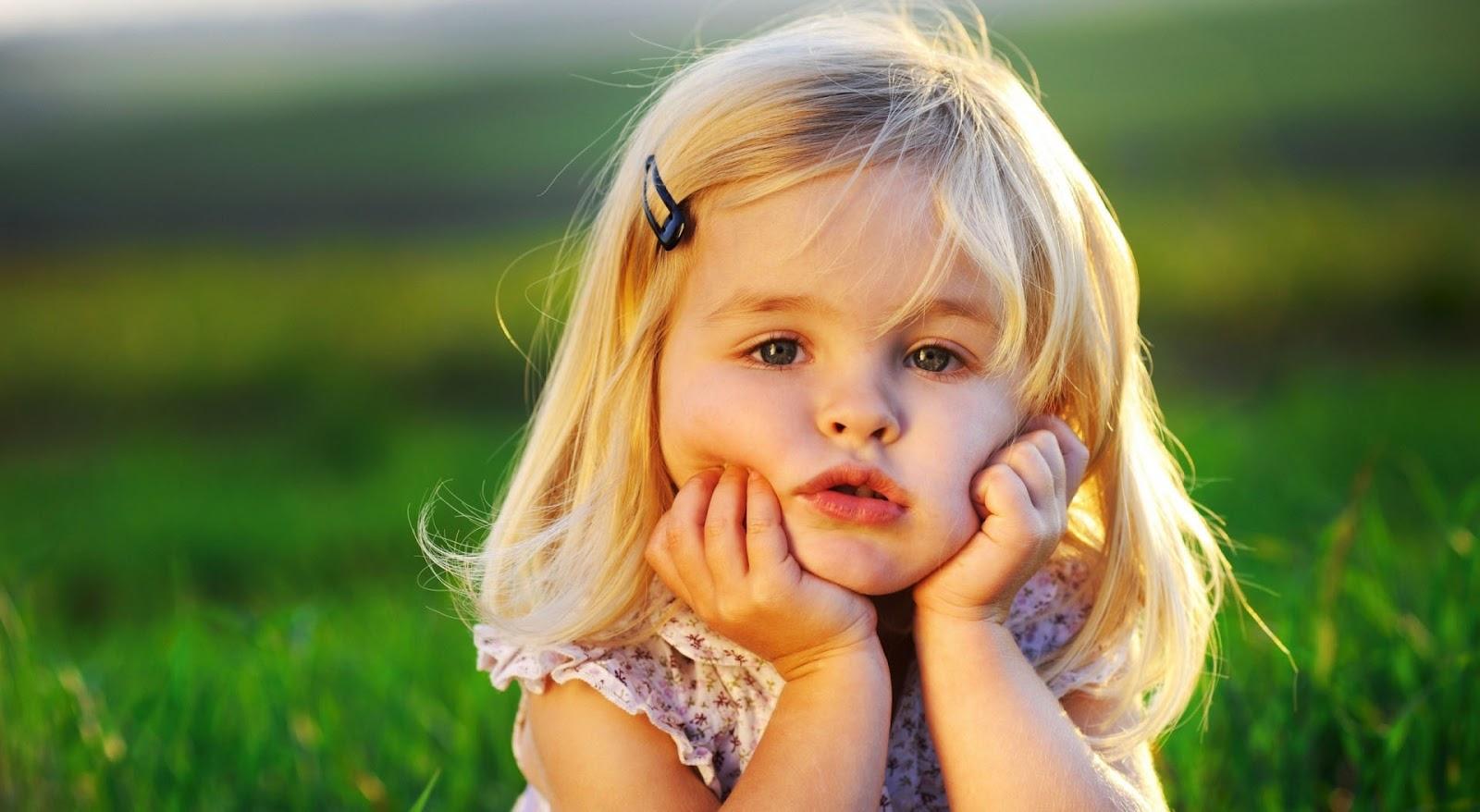 http://1.bp.blogspot.com/-U5cperFbxmM/UEssmlMHEsI/AAAAAAAABWY/GUcuGyOpm6w/s1600/cute_baby_girl-wallpaper-1920x1080.jpg
