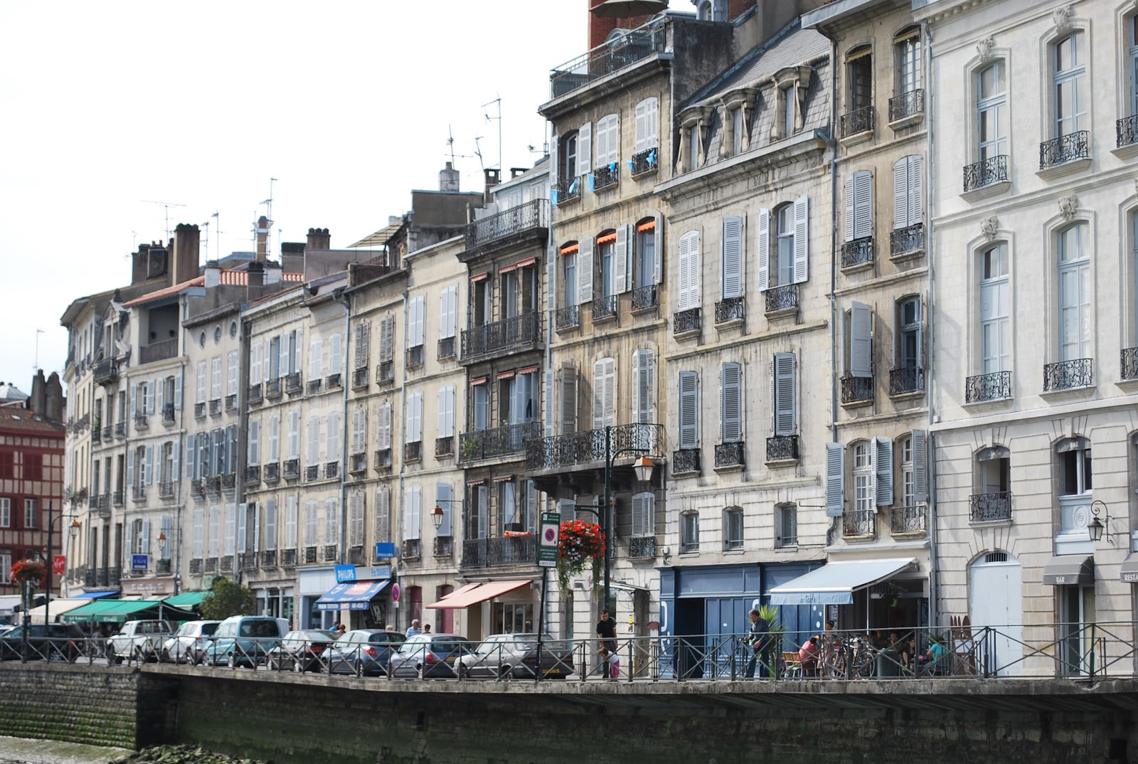 Bayonne France  city images : socalgalopenwallet: Bayonne, France