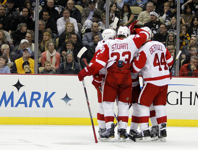 red+wings+goal+pittsburgh+datsyuk+celebrate.jpg