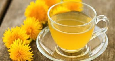 Segelas teh dandelion