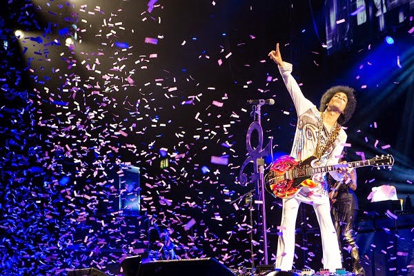 Prince and 3RDEYEGIRL Hit and Run tour Europe