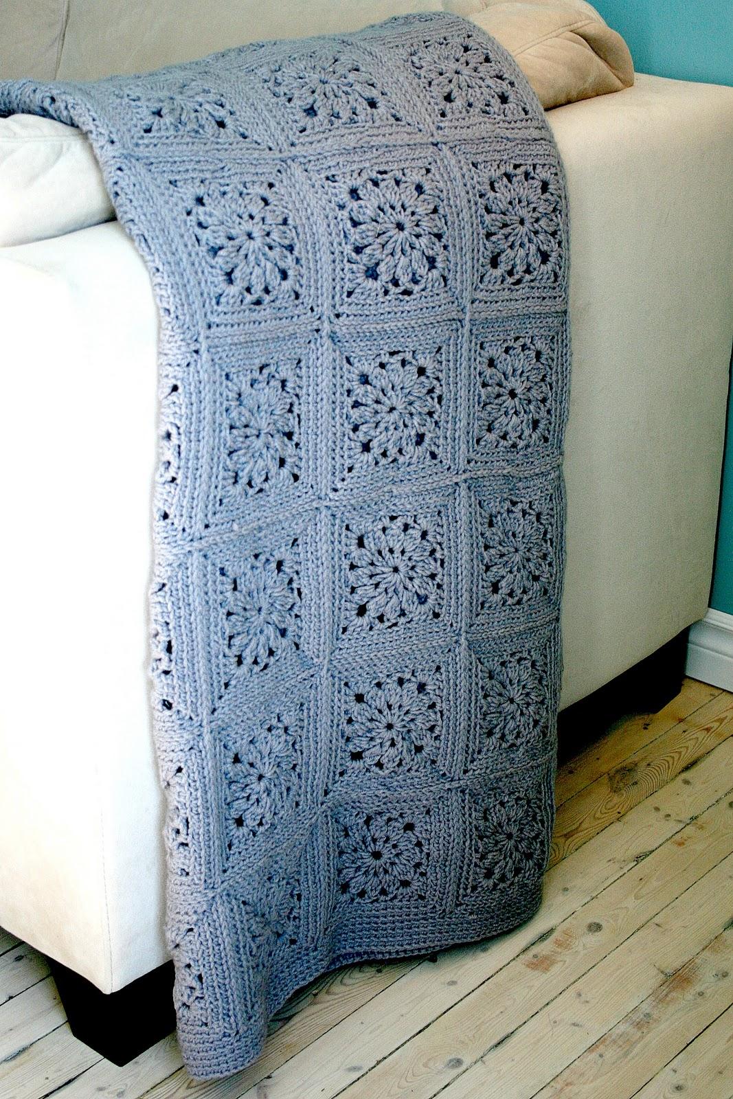 two sisters one mess couverture au crochet ou mon long p riple au pays du crochet lolll. Black Bedroom Furniture Sets. Home Design Ideas