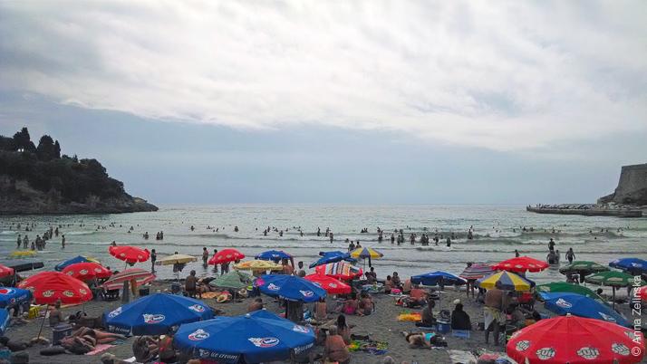 Mala Plaža (Мала плажа) в Ульцине, Черногория
