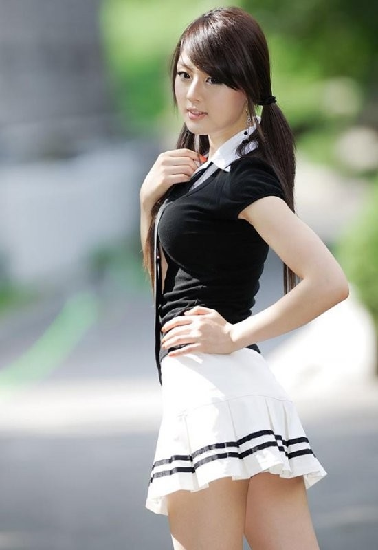 asian girls hot asian school girl in the outskirts of the