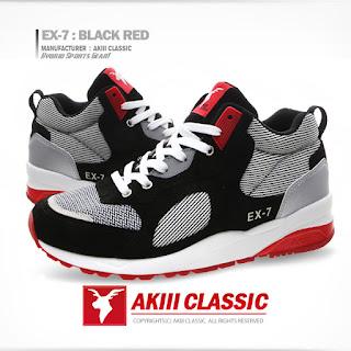 EX-7: Black Red Akiii Classics