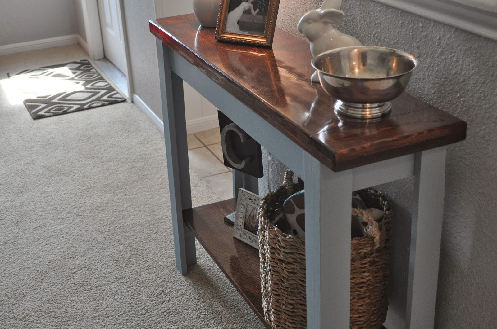DIY Console Table #Sherwinwilliams #paint