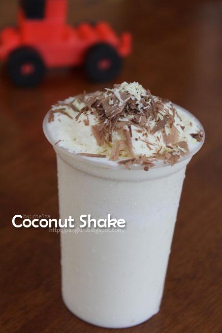 Lepak Rilek Santai Coconut Shake