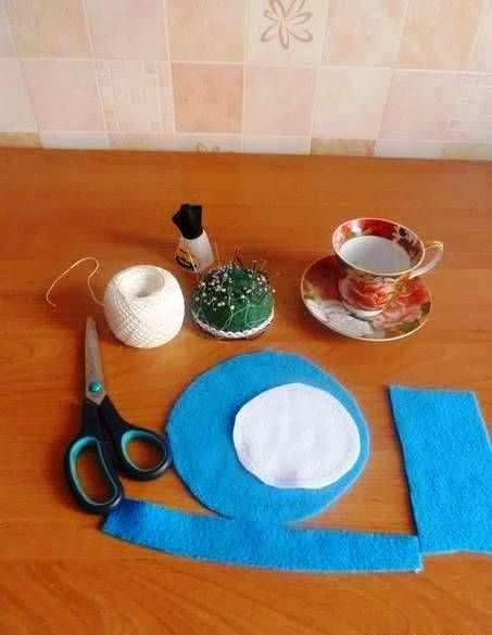 Cara membuat kerajinan tangan dari kain flanel (boneka flanel):