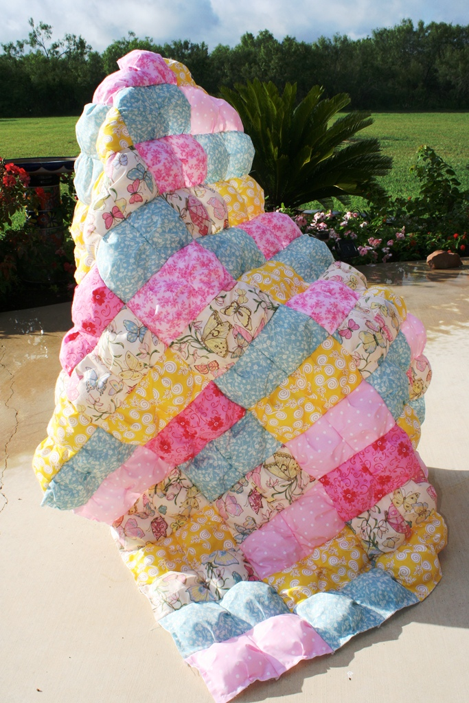 Buzzing And Bumbling Puff Or Biscuit Quilt Tutorial Part 1