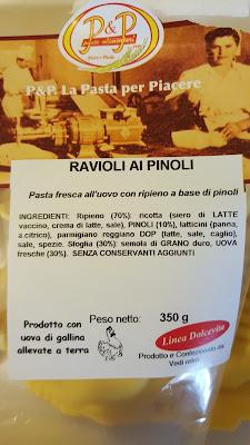 http://www.passaparolablog.com/2015/11/ravioli-ai-pinoliun-tuffo-nei-sapori.html