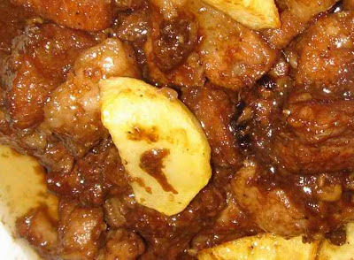 how to cook adobong baboy with patatas