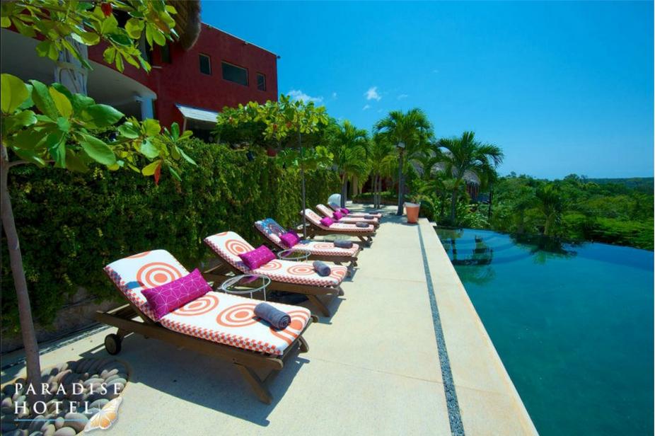 PARADISE HOTEL: Hotellet