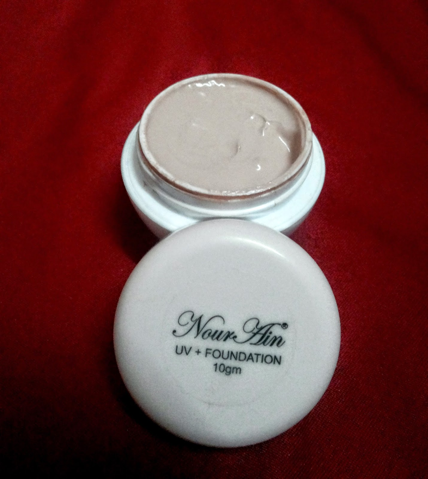 UV foundation nourain
