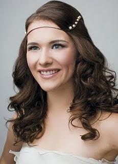 Peinados Para Damitas De Boda - 24 peinados ideales para las damas de honor NUPCIAS Magazine