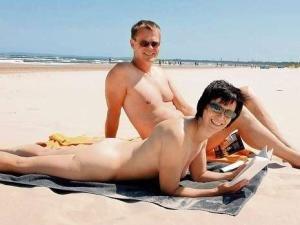 Marisela Santibañez desnuda en playa nudista  XVideos