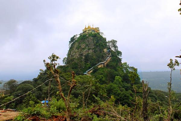 Volcan Monte Popa - Bagan - Myanmar
