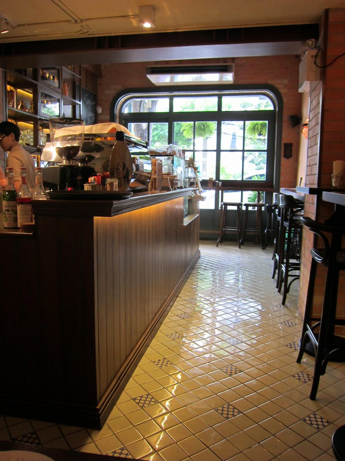 tiny wooden cafe ile ilgili görsel sonucu