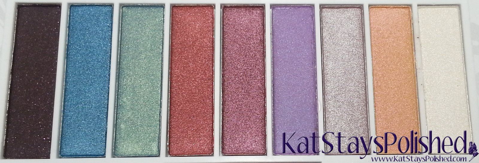 e.l.f. Disney's Frozen Elsa Snow and Ice Glow Eyeshadow | Kat Stays Polished