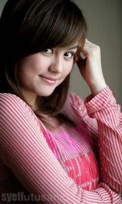 http://1.bp.blogspot.com/-U7kSj0Ltj-0/TrzHB6siKqI/AAAAAAAAA8A/yjbdGFRnpPE/s1600/Agnes-Monica.jpg