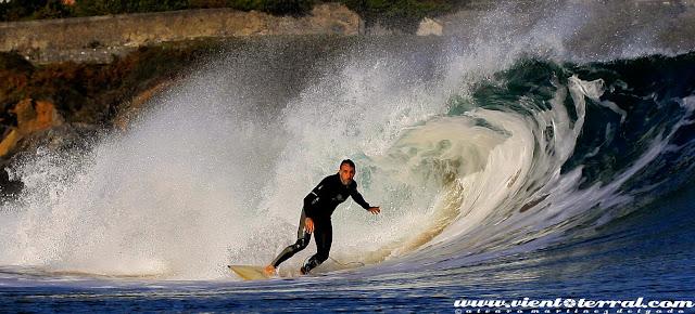 sesion mundaka octubre viento terral surf %2B(5)