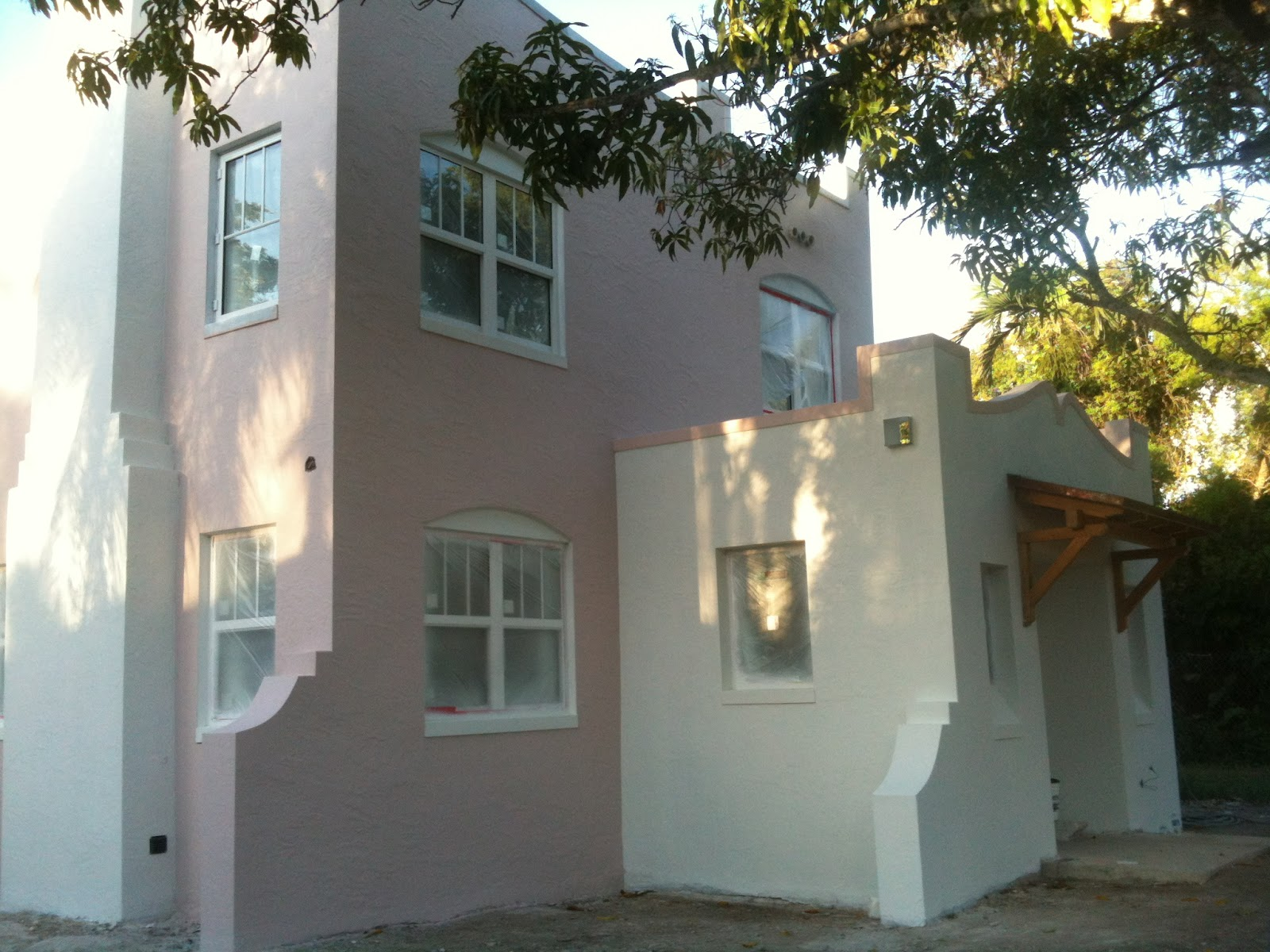 This Old Coconut Grove Update On Exterior Painting